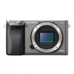 SONY ILCE-6000 Fotoaparát Alfa 6000 s bajonetem E + 16-50mm objektiv - Grafit ILCE6000LH.CEC